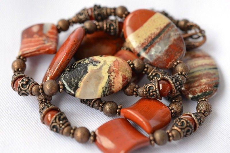 Царь самоцветов камень яшма
