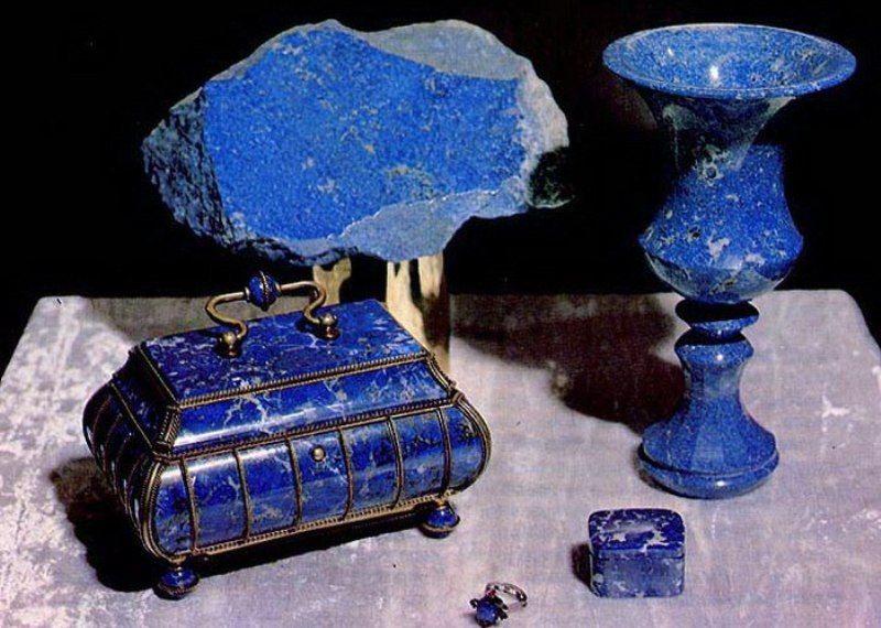 Камень лазурит: свойства, совместимость, изделия