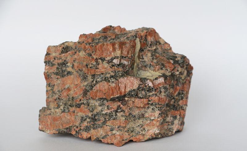 Химический состав и применение гранита