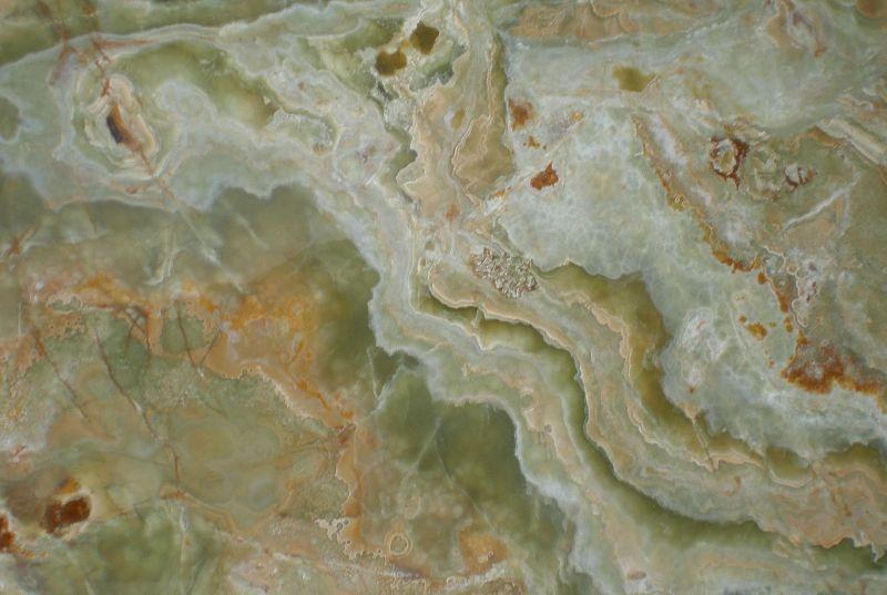 Какими магическими и лечебными свойствами обладает камень оникс?