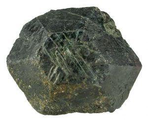 Золотой камень хризоберилл