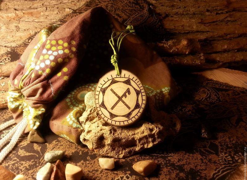 Какие существуют камни-обереги для удачи, любви и здоровья?