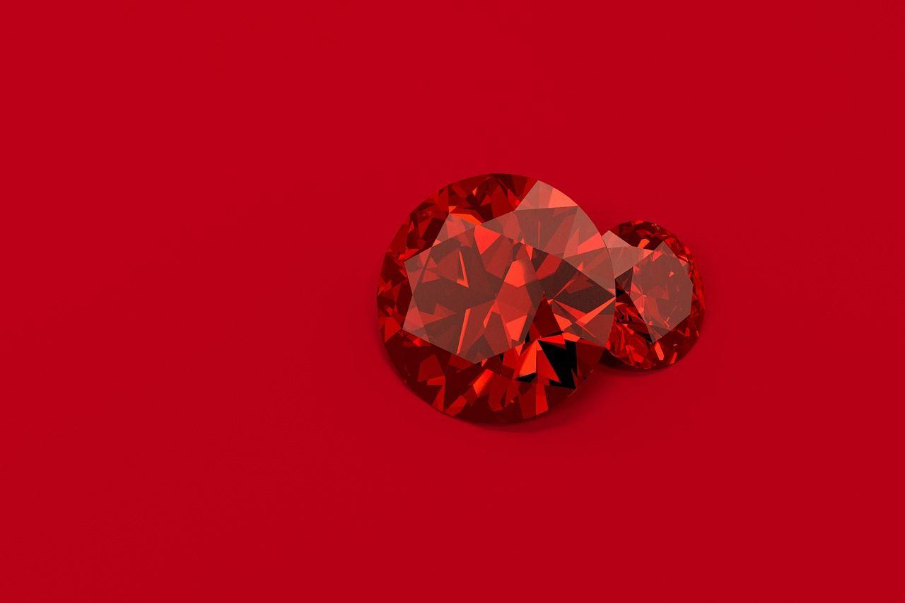 Красный камень