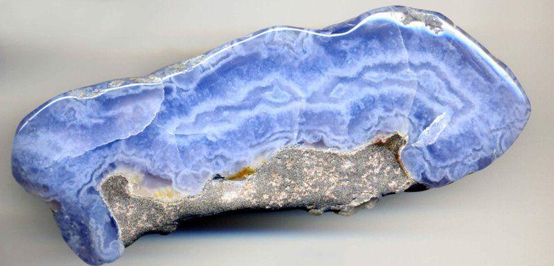 Лечебные и магические свойства камня сапфирин