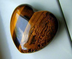 Кварцевый камень тигровый глаз