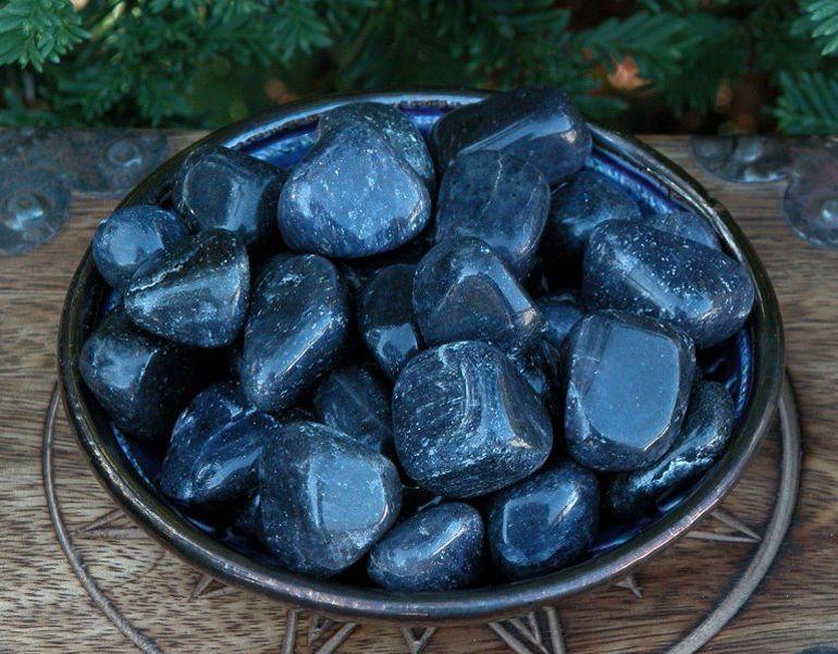 Синий авантюрин камень свойства кому подходит