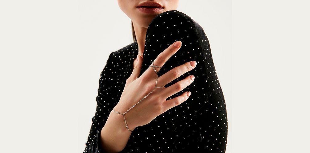 Слейв — кольцо с браслетом на цепочке, разновидности и как носить
