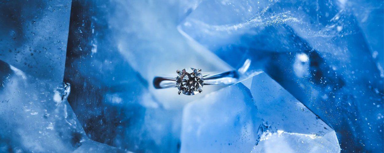 Какому знаку зодиака подходит бриллиант, свойства камня