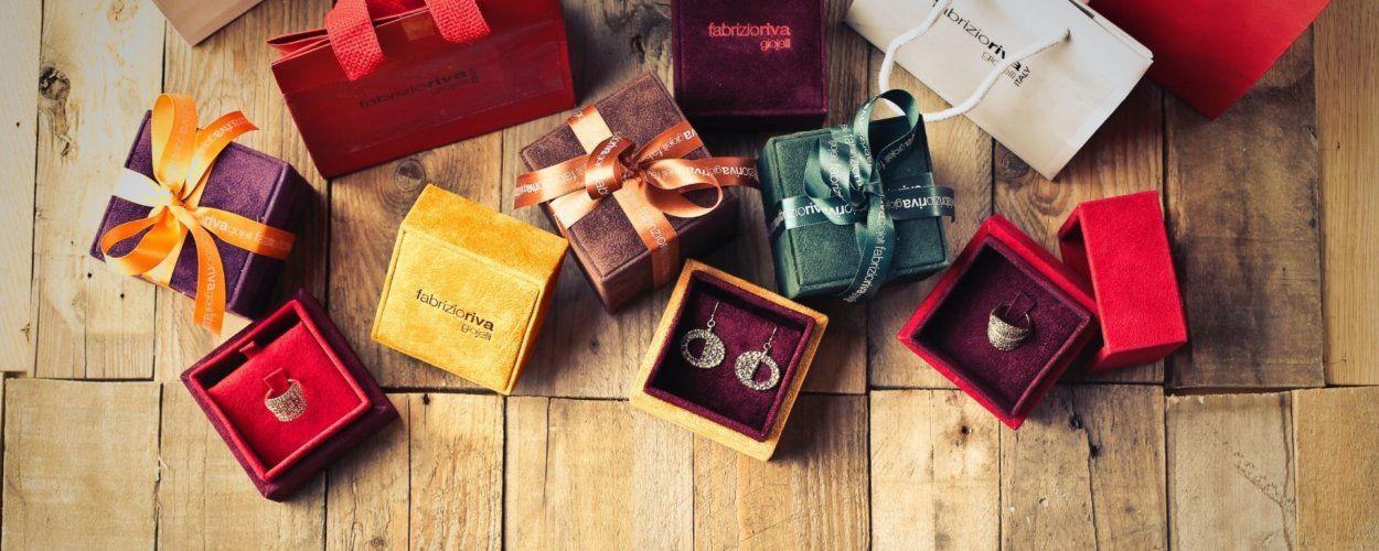 Как красиво упаковать цепочку в подарок: интересные идеи