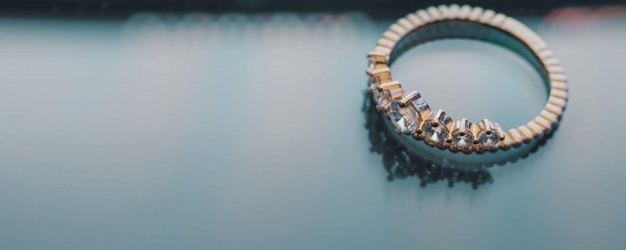 Что такое помолвочное кольцо: особенности выбора кольца для предложения выйти замуж