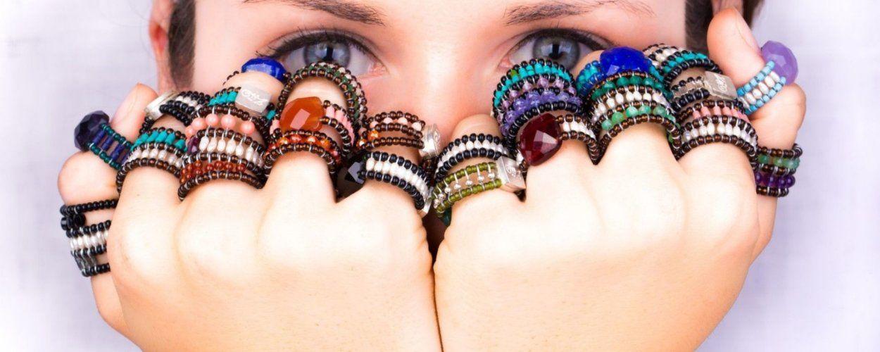 Как сделать кольцо из бисера: схемы плетения и полезные советы для начинающих