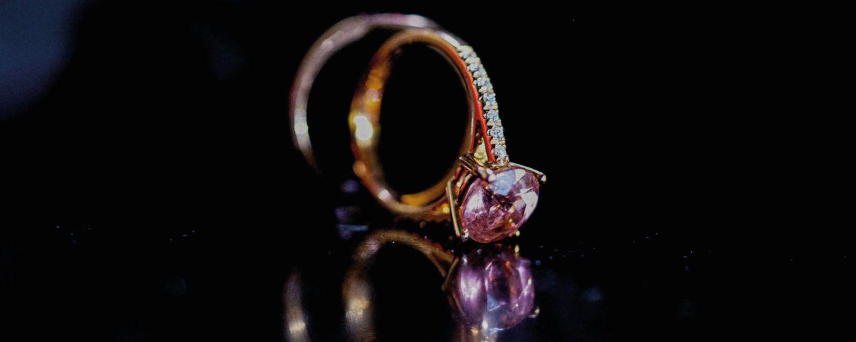 Ищем потерянное кольцо: как найти кольцо дома или на улице